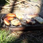 Holzkohlegrill Marke Eigenbau für die letzte Grillsaison